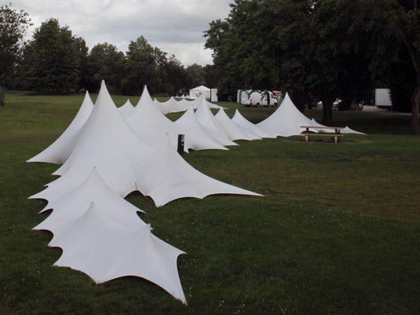 Dunes de lycra tendu décoration festival musique